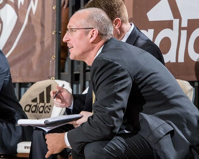 Curran promoted to associate head coach