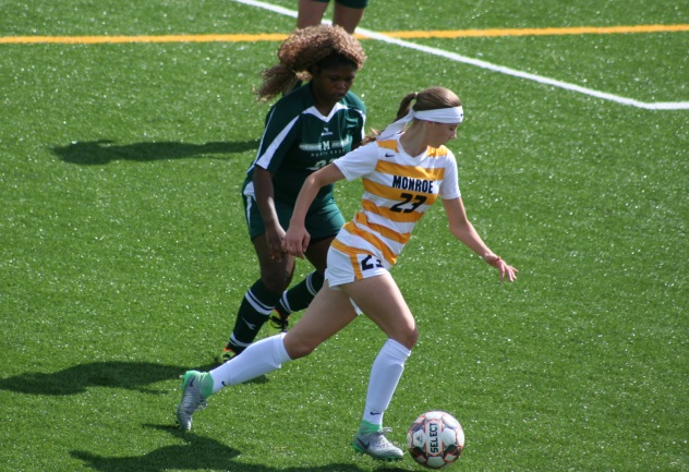 Monroe women overpower Mercyhurst