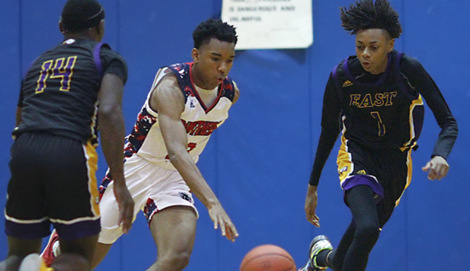 Thursday Wrap: Wille leads Bloomfield; Naples improves to 6-0