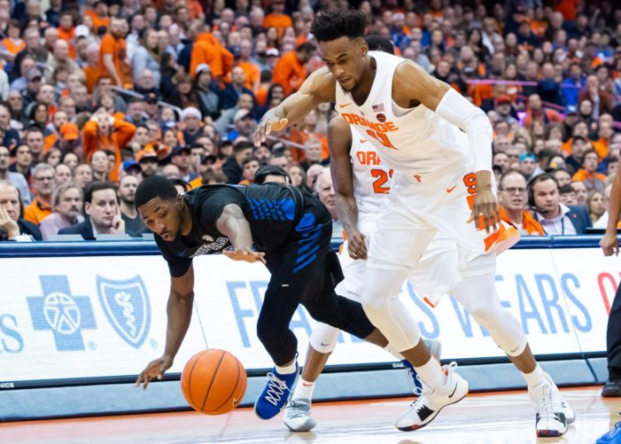 Rochester products Dontay Caruthers, Jeenathan Williams help Buffalo beat Syracuse, 71-59