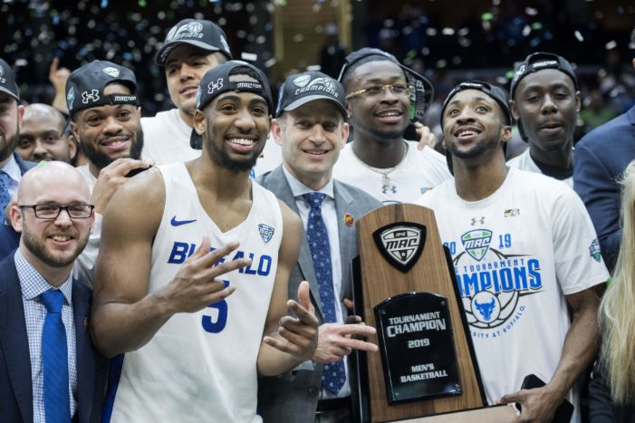 Caruthers leads defense; UB claims second straight MAC title