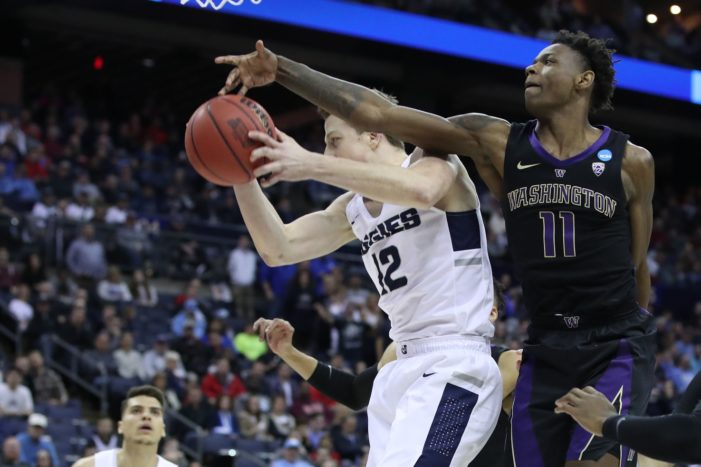 BK's Carter propels Washington with strong second half