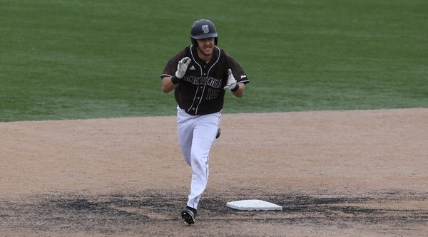 Bonnies sweep La Salle in A-10 action