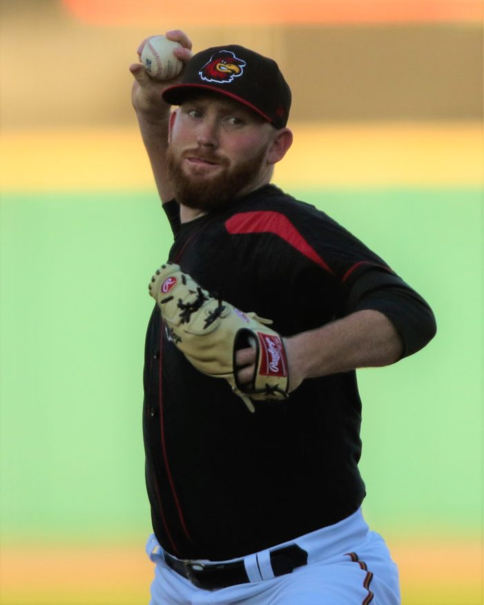 Littell overcomes tough first; Wings win third in last four games
