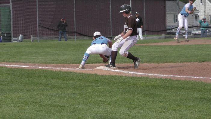 Monday Wrap: Avon runs streak to six, R-H's Contini hurls shutout