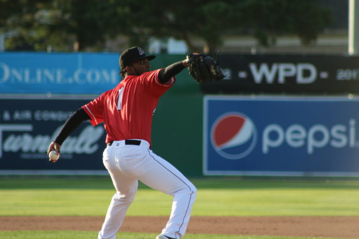 Muckdogs fall, 5-4, remain in first place