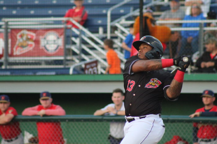 Batavia Muckdogs rally to win, take 1.5-game lead in first place
