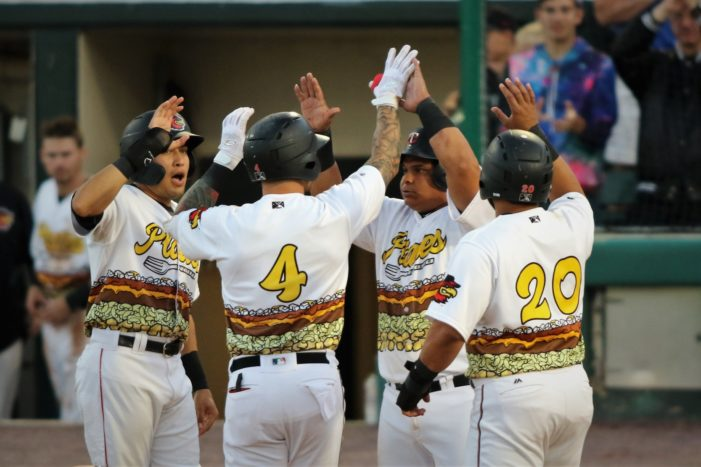 Offense explodes; Wings slam Bisons