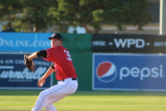 Muckdogs fall to Tigers, keep four-game lead for first place