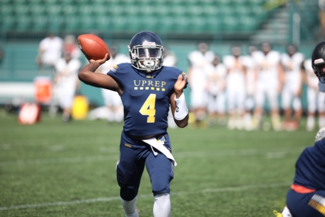 Born with two fingers on his left hand, UPrep's Davis, Jr. credits his dad for motivation