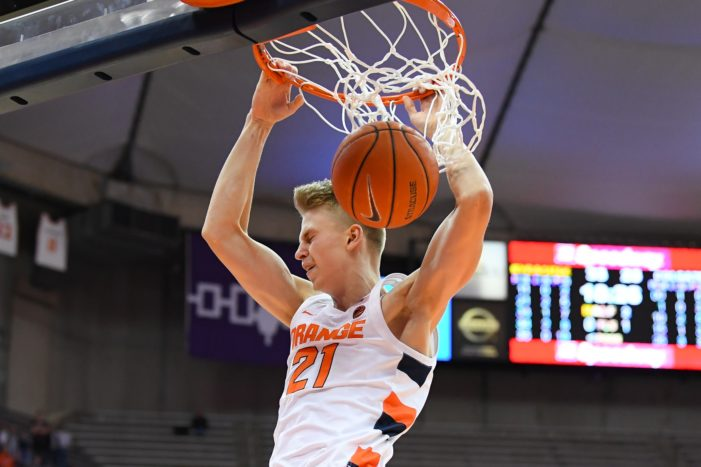 Marek Dolezaj shines all over the court in Syracuse's 89-67 win over Seattle
