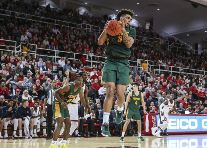 Anthony Lamb hits game-winner for Vermont at St. John's
