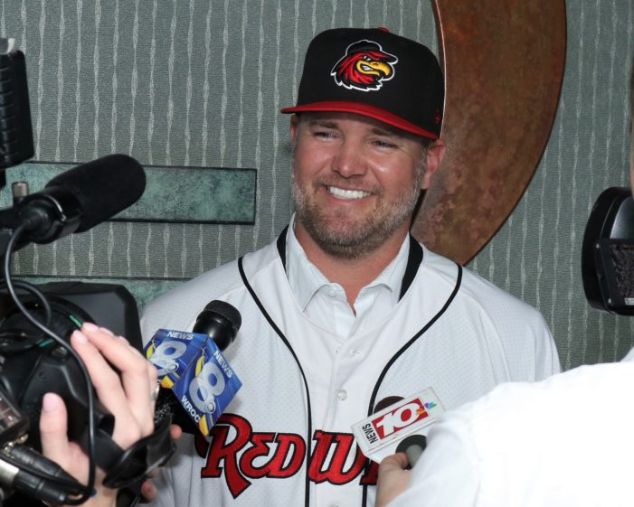 Wings introduce new skipper Gardenhire