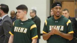 Pickett's 21 not enough; Siena loses to Canisius