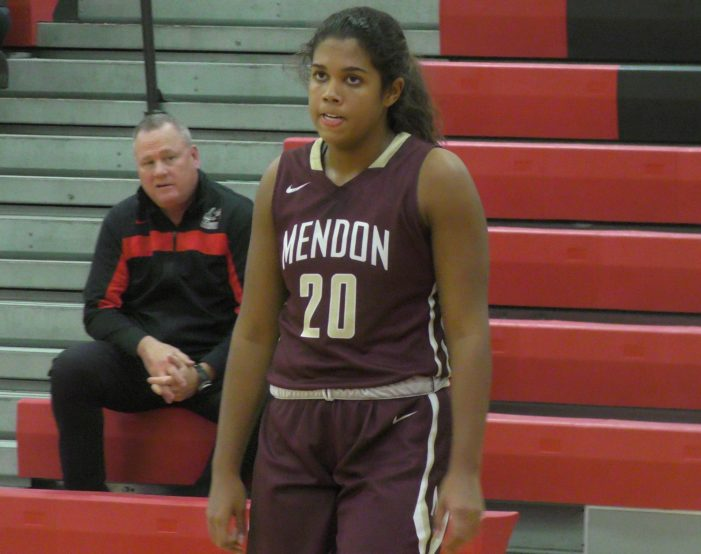 Green's 35 points leads Mendon girls into semifinals