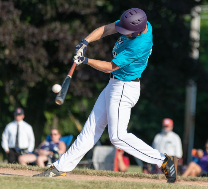 ICBL Saturday: Monarchs rally late, Wilson powers Blue Jays to 3-0