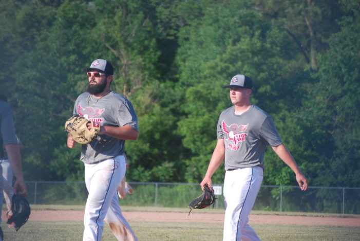 ICBL Sunday: Montanez homers twice, collects six RBI to lead Monarchs