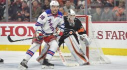 Fogarty agrees to one-year deal with Sabres