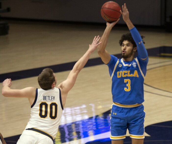 Top 25 Wrap: UCLA escapes with road win; Indiana upsets Iowa on the road
