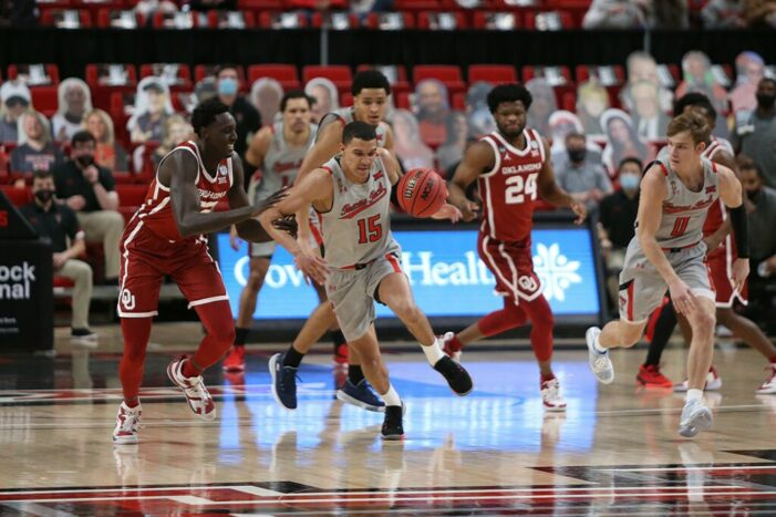 Top 25 Wrap: Drake Remains Perfect; Texas Tech Defeats Sooners in low-scoring affair