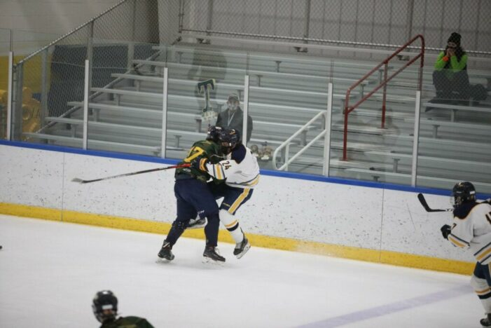 Victor edges Thomas in battle of defending hockey champions