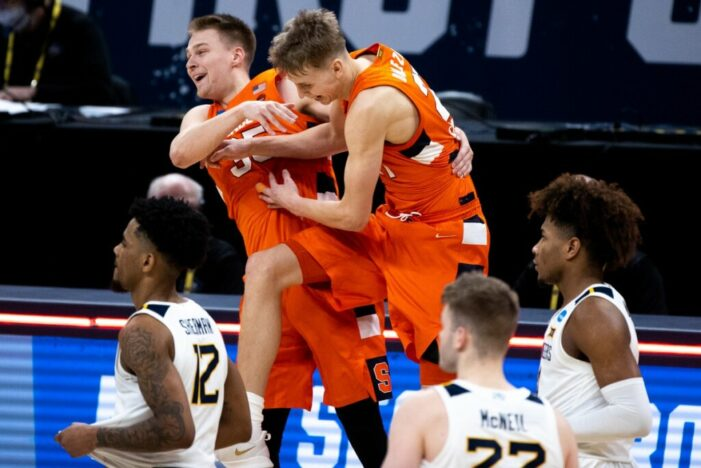 Syracuse survives, advances to Sweet Sixteen