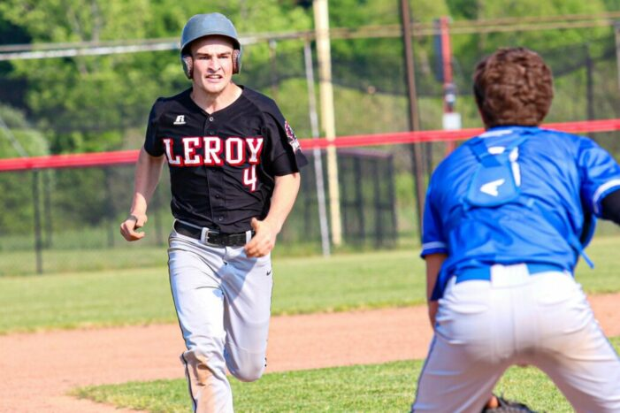 Luxury Vacation Rentals Saturday Wrap: Mendon closes regular season with seventh-inning comeback; Victor sweeps DH